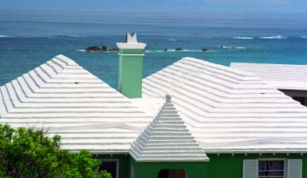 Bermuda white rooftop courtesy Acroterion at Wikimedia Commons
