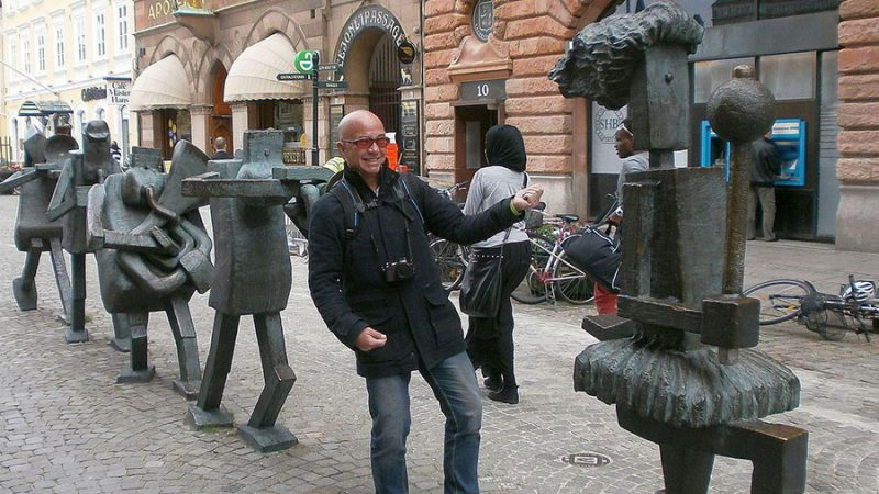 Andrew Mackay in Malmö, Sweden playing with the Optimistorkestern Musicians Sculpture